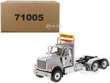 INTERNATIONAL HX520 DAY CAB TANDEM TRACTOR GREY 1/50 BY DIECAST MASTERS 71005