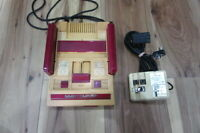 Nintendo Famicom Console NES Junk Untest for Parts Japan m308