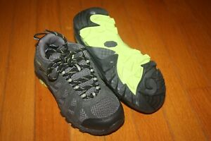 New In Box Youth Boy Columbia Redmond Explore Waterproof Hiking Shoes SHIP FREE