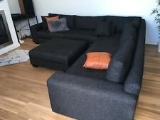 Large Moduler Lounge Couch With Chaise