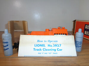 LIONEL O GAUGE # 3927 TRACK CLEANING CAR, PARTS ENVELOP, INSERTS AND BOX
