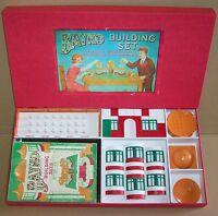 VINTAGE 1930s PRE WAR ORNAMENTAL BAYKO BUILDING SET No.21 IN NEW REPRO BOX.