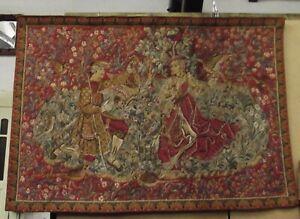 Teppich,Wandbehang, Wandteppich, antik, farbig, groß, Figuren, Aufhängung