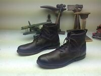 VINTAGE DISTRESSED DARK BROWN LACE UP LEATHER ENGINEER LACE UP ANKLE BOOTS 13 M