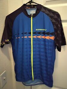 Louis Garneau Cycling Jersey Logo Arrows Size M Blue Full zip  Unisex