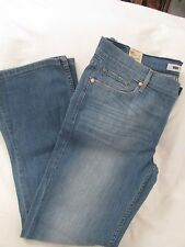"Ladies ""Levi's"" 17M/33, Md Blue, '524', Low Rise, Slim Bootcut, Distressed,Jeans"