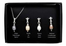 Avon Freshwater Pearl Necklace Gift Set With 4 Pendants - POSTAGE