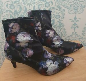M & S Collection Insolia Floral Satin Boots With Kitten Heel Size 7