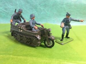 Britains Deetail Kattenkrad with german officer/1971/England/no box