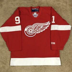 CCM Sergei Fedorov Detroit Red Wings NHL Hockey Jersey Vintage Red Away M