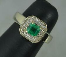 Stunning 14ct Gold Colombian Emerald and Diamond Cluster Ring