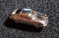 PORSCHE PIN 911 - 1974 Modello 3D ARGENTO BRILLANTE 27x11mm