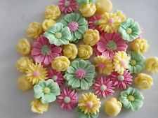 Cake decoration Edible Fondant sugar  flowers  35 items  per set)