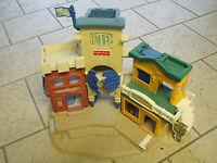 RANCH  HOTEL  FISHER  PRICE  1996  BON  ETAT   FORT  CAMP  CASERNE   FERME