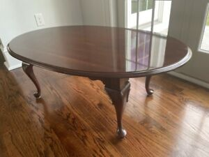 Ethan Allen Georgian Court Oval Coffee TABLE Cherry Vintage Excellent Condition