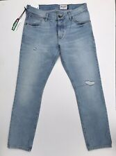 Wrangler Larston Slim Fit Light Wash Denim Jeans Production Sample Size  32-32