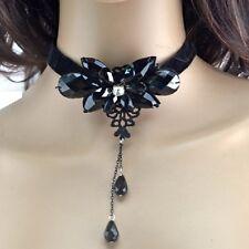 Samt Collier Schwarz Kristall Blume Gothic Kropfband Halsband Trachtenschmuck