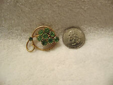 Beautiful Gold Tone Green Stone Vintage Brooch/pin