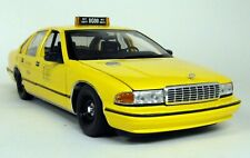 UT 1/18 Scale - 180 142095 Chevrolet Caprice Taxi Yellow Cab Diecast model car