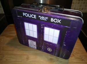 Dr Who - Top Trumps Tardis Collectors Metal Storage Tin / Lunch Box - New BBC