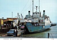 Postcard, Lymington, The Isle of Wight Ferry, Freshwater. Classic Cars 97V