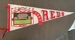 Cincinnati Reds Vintage Original 1967 Team Picture Pennant (Full Size) Pete Rose