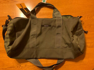 Albino and Preto Duffle Bag New