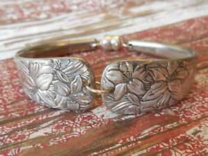 Embossed - 1882 Vintage Silver Plated Silverware/Flatware Spoon Bracelet