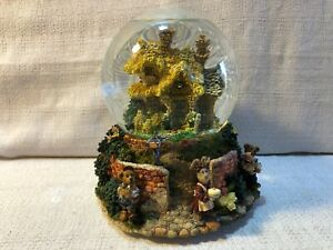 Boyds Bear Baileys Cottage Friends Make Your Home Glow Water Globe Musical 19700