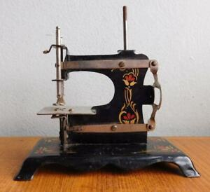 Antique German Tinplate Toy Childs Sewing Machine 1900s A/F