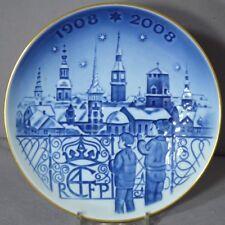 ROYAL COPENHAGEN 2007 Christmas Centennial Plate #4: Christmas Eve in Copenhagen