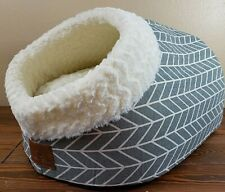 "Miss Meow Cat Bed Round and Cave Shape Self Warming Bed 12"" x 18"" x 14"""