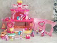My Little Pony Ponyville Roller Skate Party Figures And Accessories Bundle