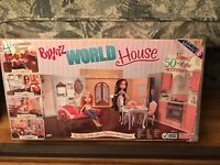 Bratz World House with Box Fold Up Dollhouse Compact MGA