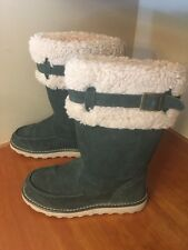 f125 Bearpaw Womens Size US 8 Tall Boots AVERY Evergreen Suede Sheepskin CUTE!