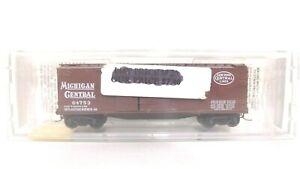 Kadee Micro Trains N Michigan Central 40' Wood Sheathed 1 1/2 Door Reefer 43060