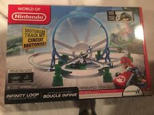 NIB World of Nintendo Mario Kart 8 Infinity Loop Motorized Deluxe Track Set