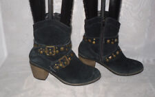 SOULCAL & CO. WOMENS BLACK ZIP FAUX SUEDE MID HEEL ANKLE BOOTS SIZE:4/37(WB1096)