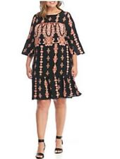 Luxology Plus Size Bell Sleeve Printed Shift Dress. Size 20W.