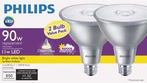 Philips LED Flood Light Bulb Classic Glass Indoor Outdoor PAR 38 850 lm 11 Watt
