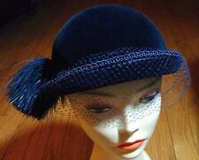 Aurore-France 1940s Cloche-Blue Silk Lyons Velvet on Wool Felt Saks 5th Ave