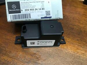 Genuine W205 C300 Mercedes Voltage Converter / Auxiliary Battery Control Unit