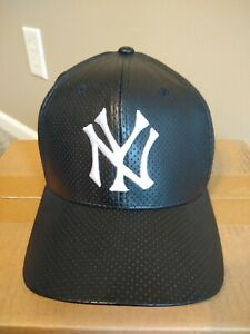 New York Yankees Black throwback style Cap, One Size