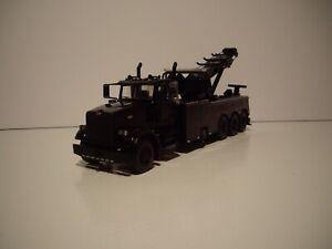 FIRST GEAR 1/50 BLACK PETERBILT 367 TRI-AXLE CENTURY 1060S WRECKER