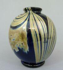 Vase Blaues Glas mit farbigem, lüstrierenden Überfang, Künstlerglas