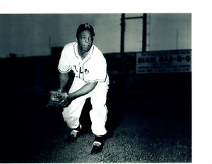MINNEAPOLIS MILLERS  WILLIE MAYS  8X10 PHOTO ROOKIE GIANTS  BASEBALL MINNESOTA