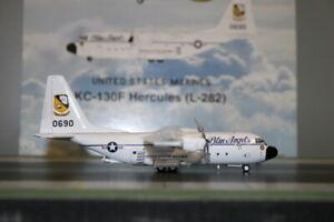 Inflight200 1:200 US Marines Lockheed KC-130F Hercules 0690 (IF1300516) Die-Cast