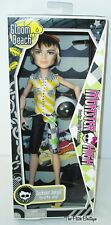 MONSTER HIGH GLOOM BEACH JACKSON JEKYLL BOY DOLL W/ OUTFIT BALL SHOES STAND NEW