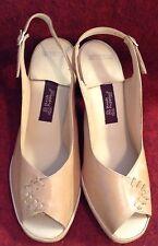 """Beige Vtg Hush Puppies 70s Open Toe T-Strap Wood Look 3"""" High Heel Disco Shoe"""