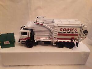 FIRSTGEAR 1/34 GOODS DISPOASL Front Loader refuse truck